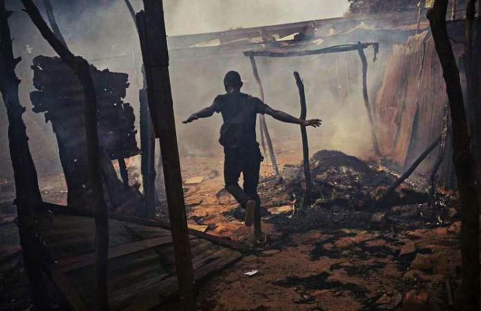 Бангладеш Христианские семьи чудом спаслись от поджога