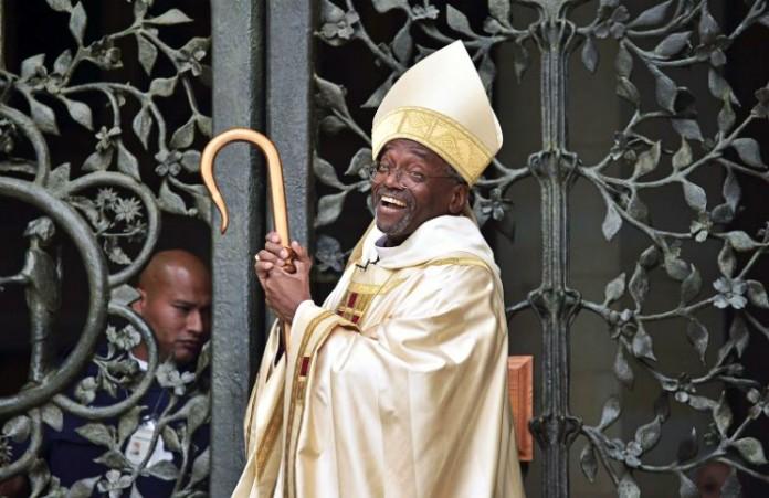 Впервые темнокожий мужчина стал главой Епископальной церкви США