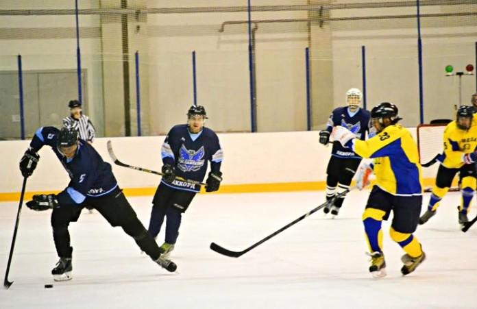 Церковь провела хоккейный турнир в День Реформации