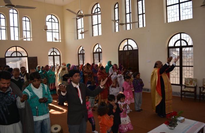 Христиане Пакистана строят церковь, несмотря на угрозы