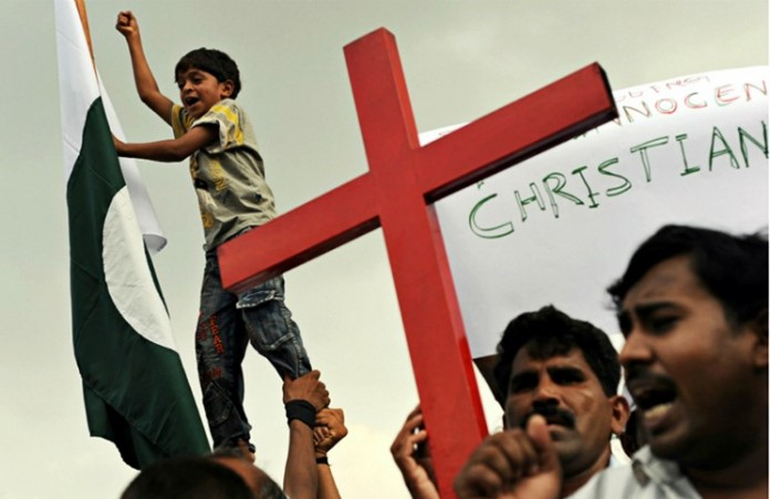 Более 500 мусульманских подростков поддержали христиан Лахора