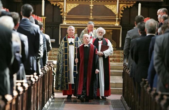 Англиканская церковь огорчена запретом на показ ролика «Отче наш»