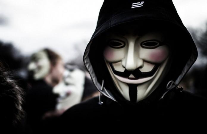 Anonymous начали войну против ИГ: хакеры взламывают серверы террористов