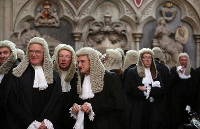 Английский судодобрилрешение епископа оботстраненииклирика– гея