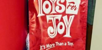 Более 20.000 человек получили подарки от мегацеркви в Сан – Диего