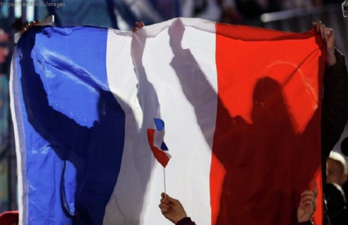 Число нападений нахристианво Франции утроилось