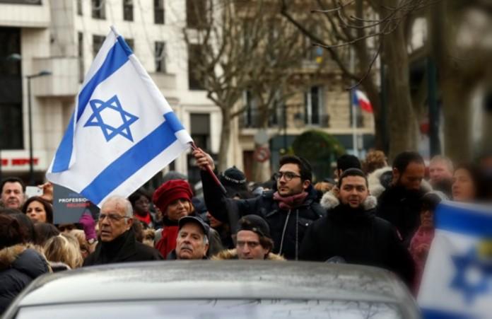 Число преступлений против евреев во Франции удвоилось