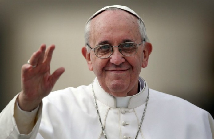 Уже в продаже книга-интервью с папой Франциском