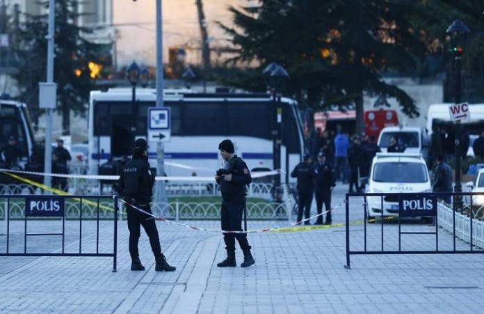 Теракт в Стамбуле: задержаны сторонники ИГ