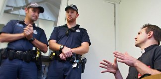 В Австралии арестованы девять христиан