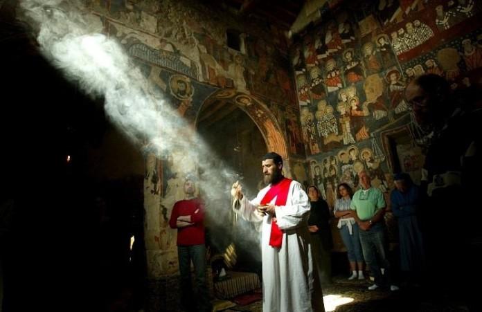 Европа и США виновны в геноциде христиан Сирии: глава церкви