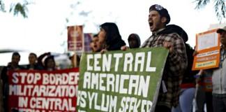 США: Церкви предложили убежище нелегальным иммигрантам вопреки закону