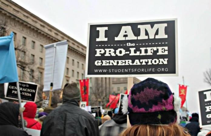 США: Закрыты 162 центра для абортов