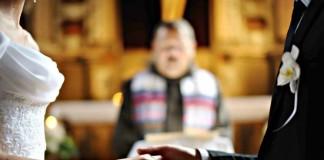 Письмо патриарху Кириллу введите «антиабортные» клятвы для венчающихся