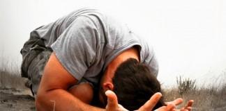 Билли Грэм: Как не отвлекаться во время молитвы?