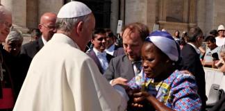 Папа Римский сделал христианам подарок