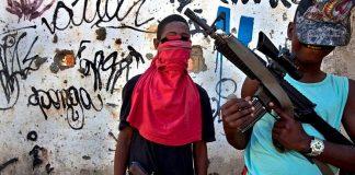 Бразилия гангстеры и наркобароны узнают о Христе
