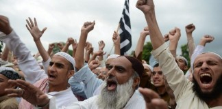 Пакистан: исламисты требуют исполнения закона о богохульстве