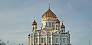 Россия 4 млн. человек участвовали в ночных пасхальных службах