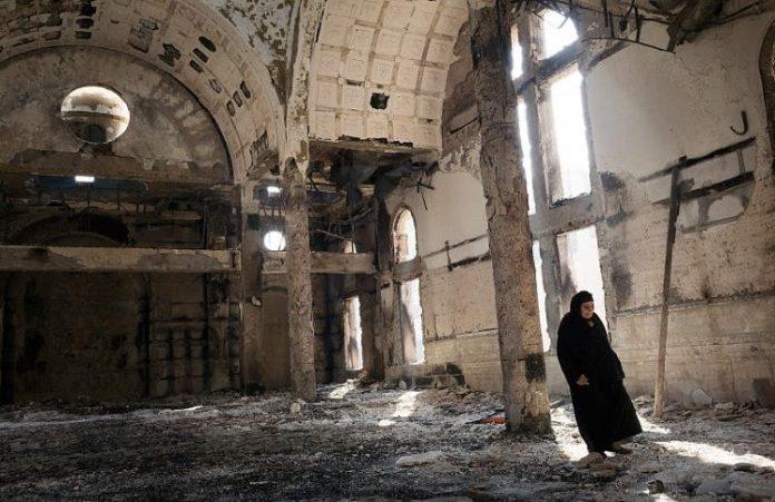 В Египте сожгли коптскую церковь