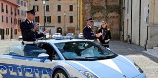 Италия: Удалены дорожные указатели, призывающие уважать христианские ценности