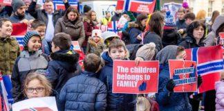 Норвегия: адвокаты требуют возвращения детей в семью
