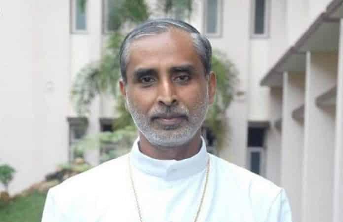 Епископ жертвует свою почку, чтобы спасти жизнь бедняка-индуиста