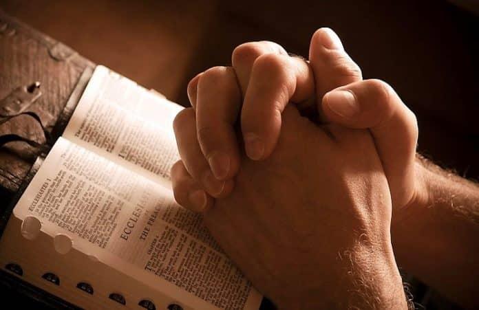 США: Русская церковь проводит молитвенные марафоны ежемесячно