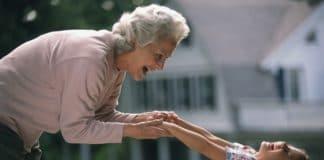 Бабушка-рэпер покорила интернет песнями обИисусе Христе