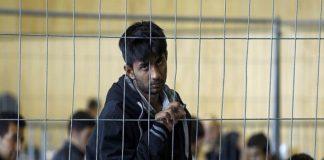 В лагерях беженцев Германии растут антихристианские настроения