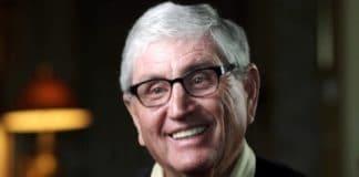 США: у лидера мужского служения определили болезнь Альцгеймера