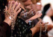 В Иране арестована группа бывших мусульман, принявших христианство