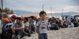 Отчет: мусульмане преследуют беженцев-христиан в Германии