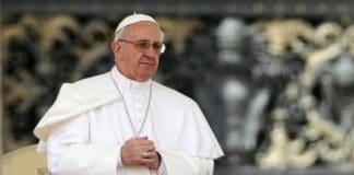 Грузия: Папа Римский совершил мессу на тбилисском стадионе