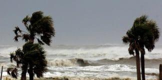Ураган Мэттью: служители призвали молиться и помочь пострадавшим