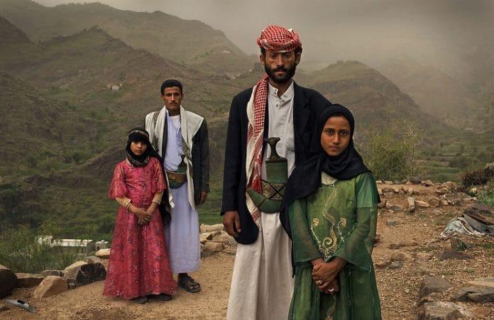 Каждые семь секунд выходит замуж девочка младше 15 лет