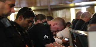 Гибель напарников сподвигло спецназовцев поклониться Богу