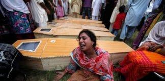 Пакистан: 5 участников сожжения христианских супругов приговорены к смерти
