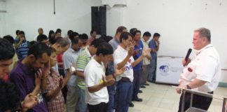 Фокус Бизнес-школа: Взращиваем христианских бизнесменов в Индии