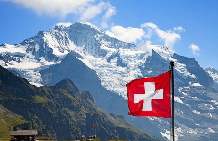 Швейцарцы просят не убирать распятия из общественных мест