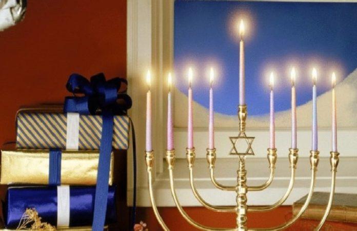 Удивительное совпадение: Рождество и Ханука в один день