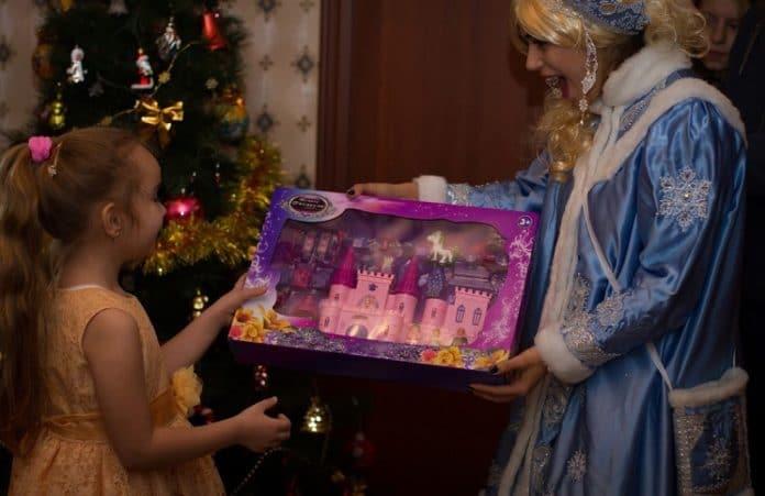 Рождественская коробочка для детей сирот