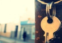 Бразилия: мэр официально передал ключи своего города Богу