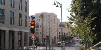 В Тель-Авиве правительство опять отказалось разрешить работать в шабат