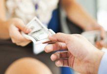 Всегда ли стоит давать в долг знакомым из церкви?