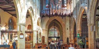 В крупнейшей приходской церкви в Британии будут проводить поп-концерты