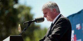 Мэр Ванкувера против участия Грэма в Фестивале надежды