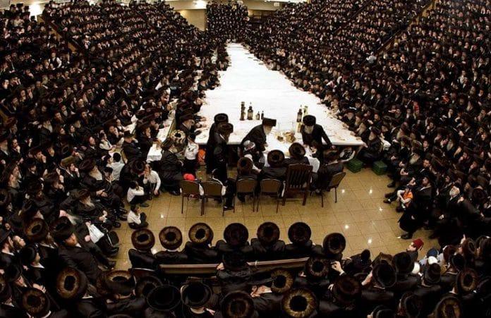 Евреи отмечают Пурим - самый веселый праздник в иудаизме