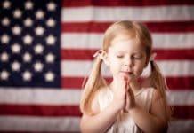 Суд в США: молитва в школе не противоречит Конституции