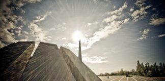 В Армении почитили память 1,5 миллион убитых христиан